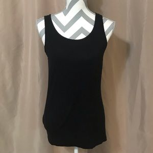 Lightweight black tank top size large